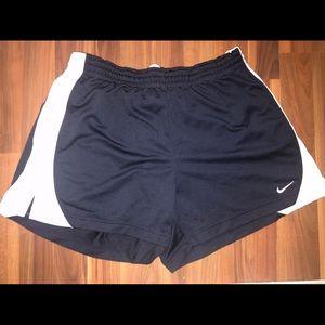 EUC Women's Nike gym shorts